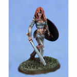 DSM1103 Chick In Chainmail 1 Miniature Elmore Masterworks