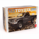AMT108212 Toyota 1992 4x4 Pickup Truck 1/20 Scale Plastic Model Kit AMT