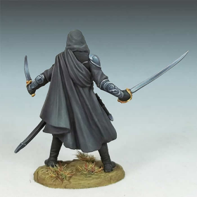 DSM7441 Hooded Assassin Miniature Visions In Fantasy Dark Sword